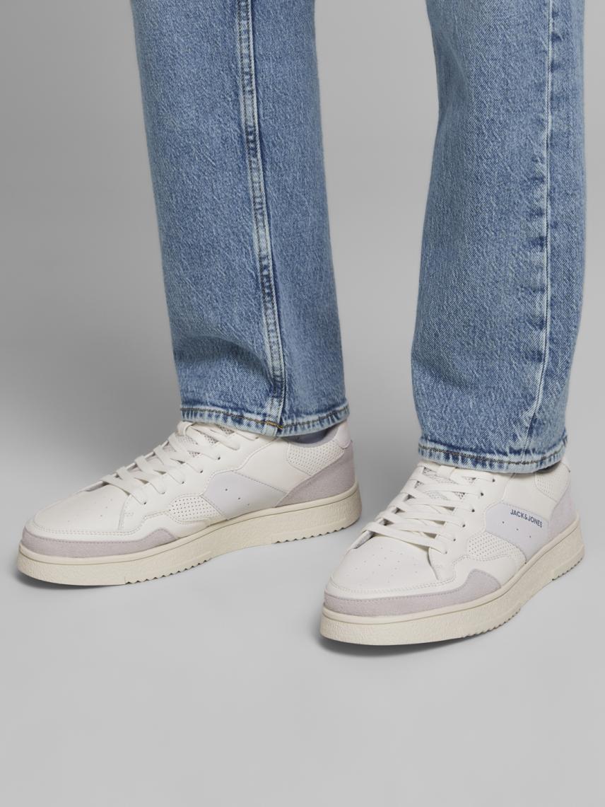 Kontrast Detaylı Spor Ayakkabı